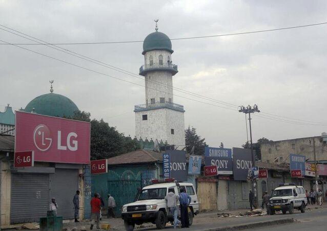 Etiyopya'nın başkenti Addis Ababa'daki en büyük ve en eski camilerden biri olan Büyük Enver Camii'nde patlama meydana geldi.