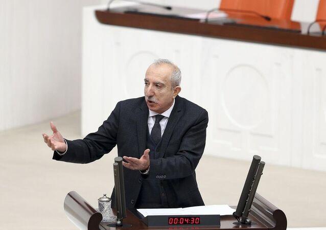 AK Parti Mardin Milletvekili Orhan Miroğlu, TBMM Genel Kurul çalışmalarına katılarak bir konuşma yaptı.