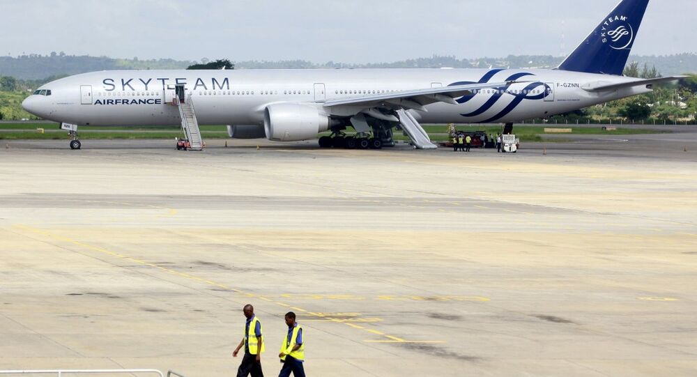 Kenya'ya acil iniş yapan Air France uçağı