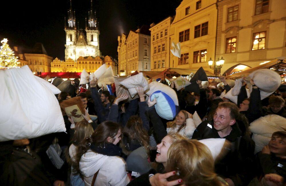 Çek Cumhuriyeti'nde yastık kavgası