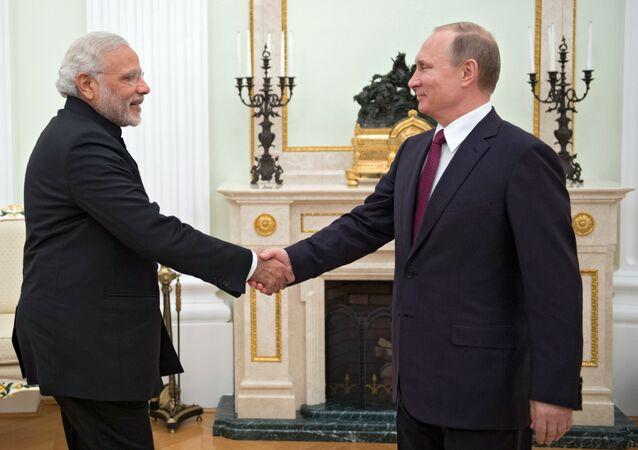 Putin ile Modi