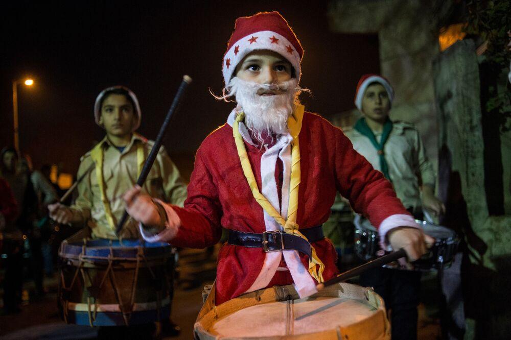 Şam sokaklarında  Noel heyecanı