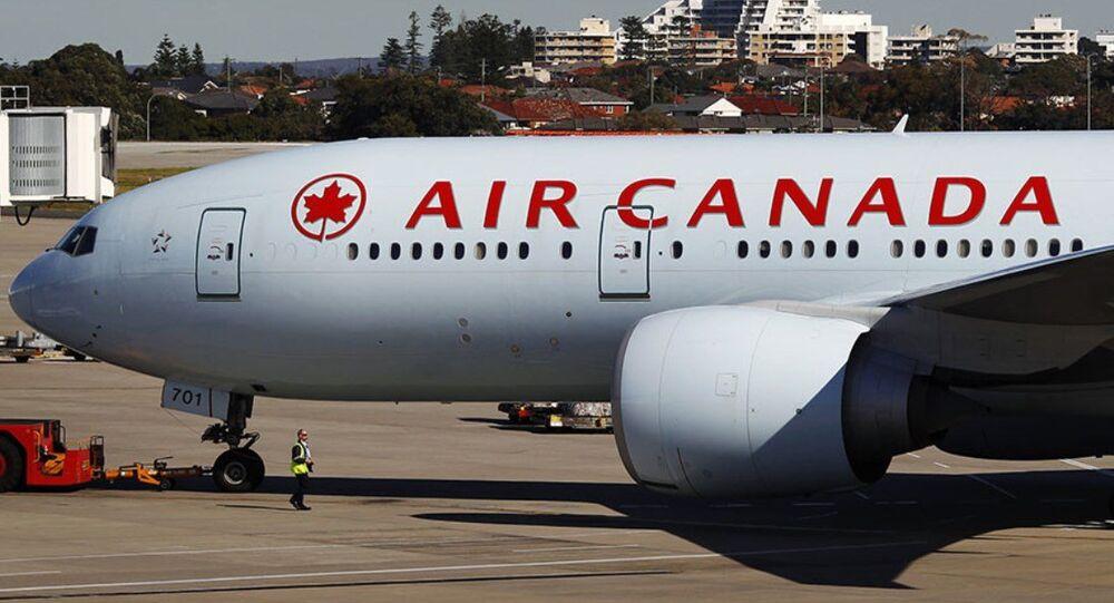 Air Canada uçağı