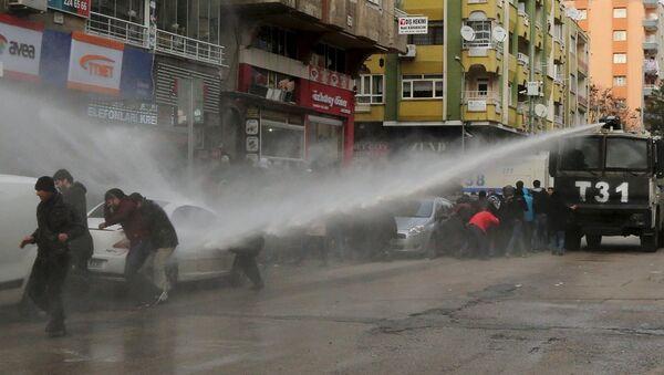 Diyarbakır, yürüyüş, müdahale, protesto - Sputnik Türkiye