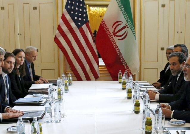 ABD Dışişleri Bakanı John Kerry- İran Dışişleri Bakanı Muhammed Cevad Zarif