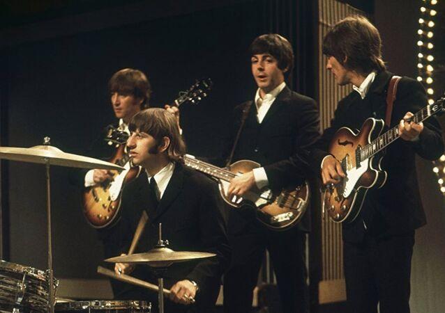 Bugün Dünya Beatles Günü