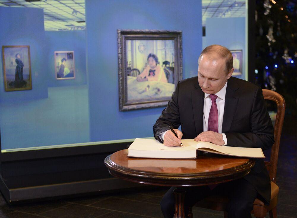 Putin Tretyakov Müzesi'nde