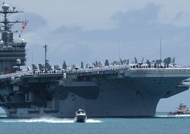 ABD'nin USS John C. Stennis adlı uçak gemisi