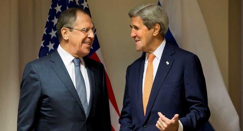 Rusya Dışişleri Bakanı Sergey Lavrov ve ABD Dışişleri Bakanı John Kerry
