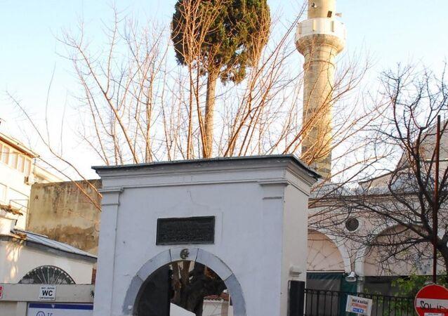 İzmir'de imamdan esnafa veto: Alevinin selası okunmaz