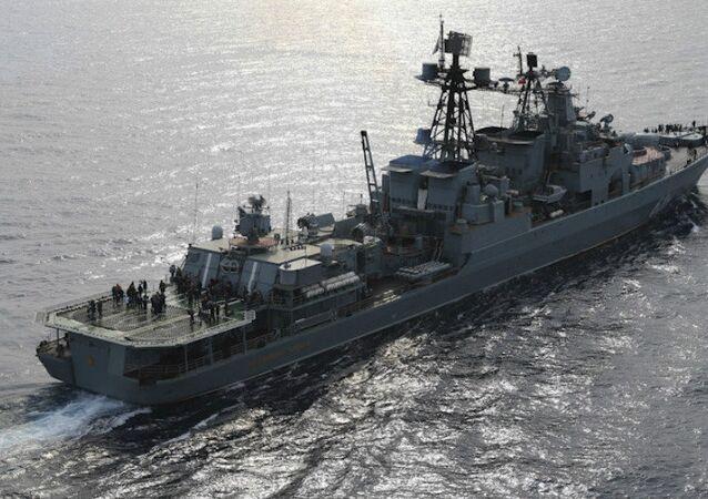 Denizaltısavar Koramiral Kulakov gemisi