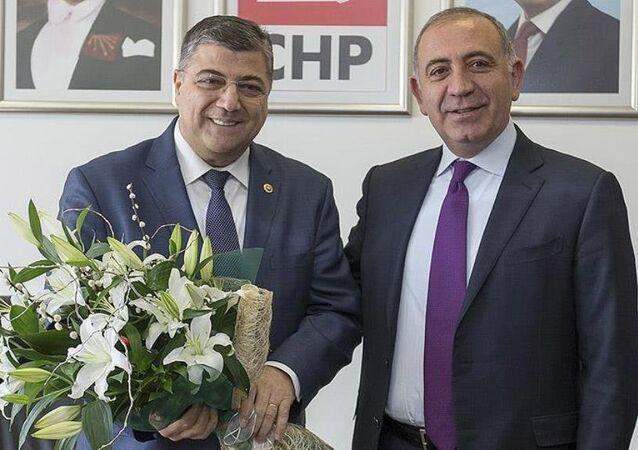 CHP Genel Sekreteri Kamil Okyay Sındır, görevi İstanbul Milletvekili Gürsel Tekin'den devraldı