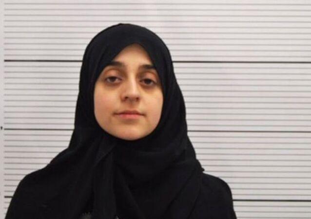 Çocuğuyla birlikte, IŞİD'e katılmak için Suriye'ye seyahat eden İngiliz vatandaşı Tareena Shakil, 6 yıl hapis cezasına çarptırıldı.