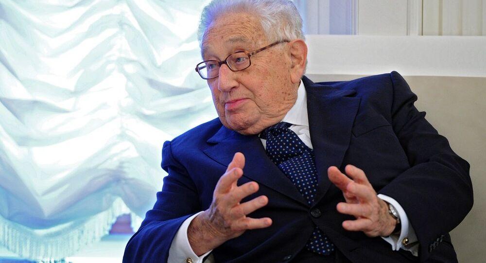 Kissinger'ın Rusya-ABD normalleşme sürecine katılımı Moskova için güzel haber' - Sputnik Türkiye