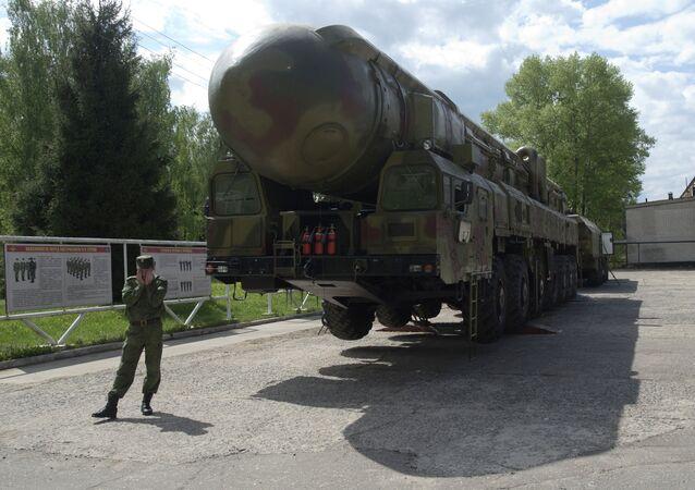 Topol balistik füzeleri