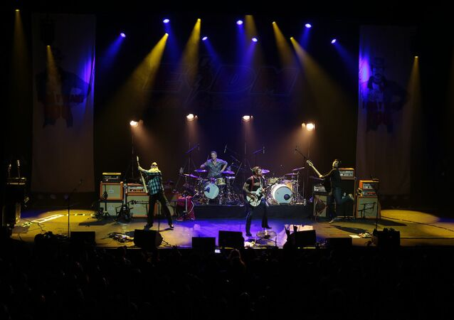 Eagles of Death Metal konseri
