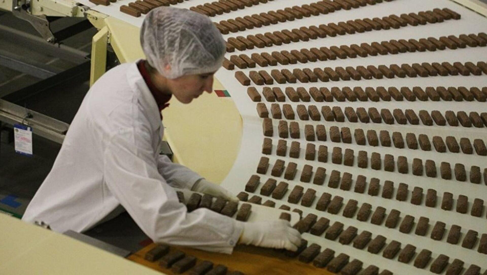 Çikolata fabrikası - Sputnik Türkiye, 1920, 22.04.2021
