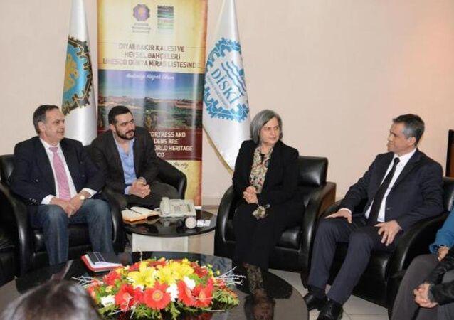 Avrupa Parlamentosu heyeti Diyarbakır Büyükşehir Belediyesini ziyaret etti.