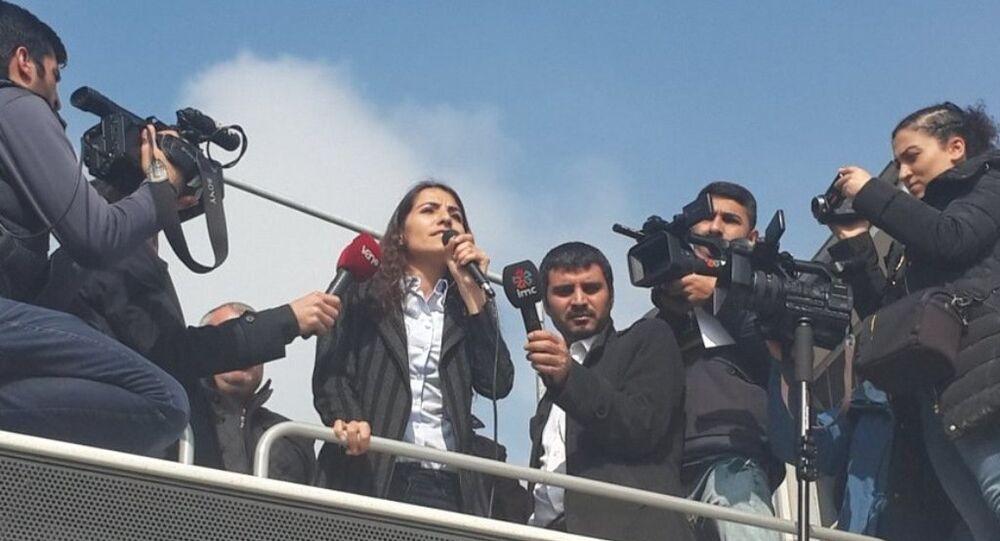 HDP Van Milletvekili Tuğba Hezer