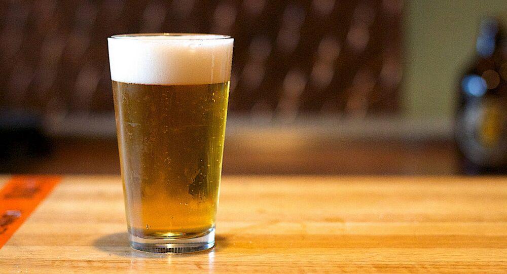 Bira firmasından light ürün talebine yanıt: Yarım bardak için