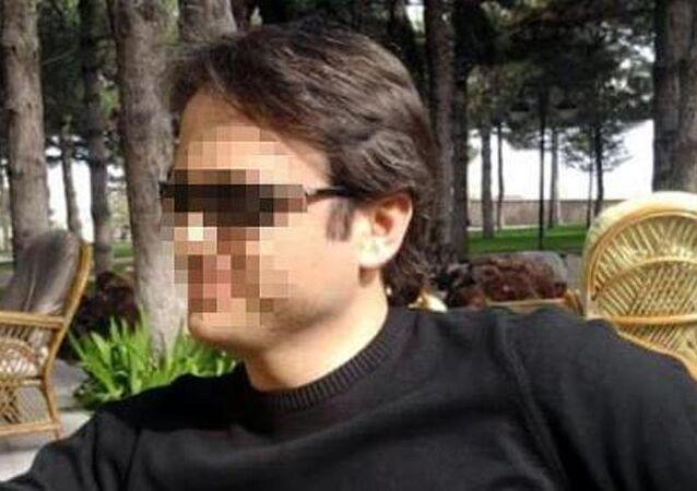 Kayseri'de tecavüz iddiasıyla tutuklanan öğretmen Bayram Özcan.