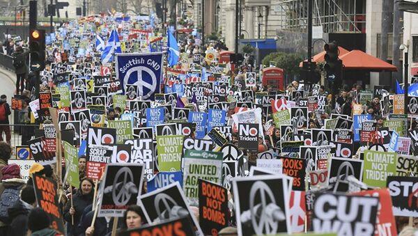 Londra'da nükleer silah karşıtı gösteri - Sputnik Türkiye