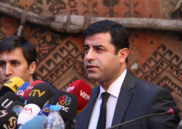 HDP Eş Genel Başkanı Selahattin Demirtaş.