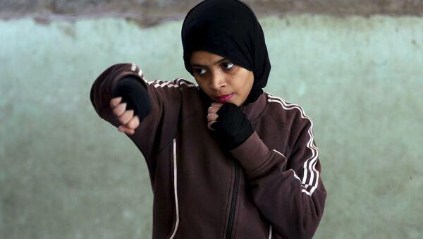 Pakistan'da kızlar için boks kursu - Sputnik Türkiye