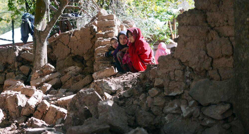Pakistan'da kız çocukları