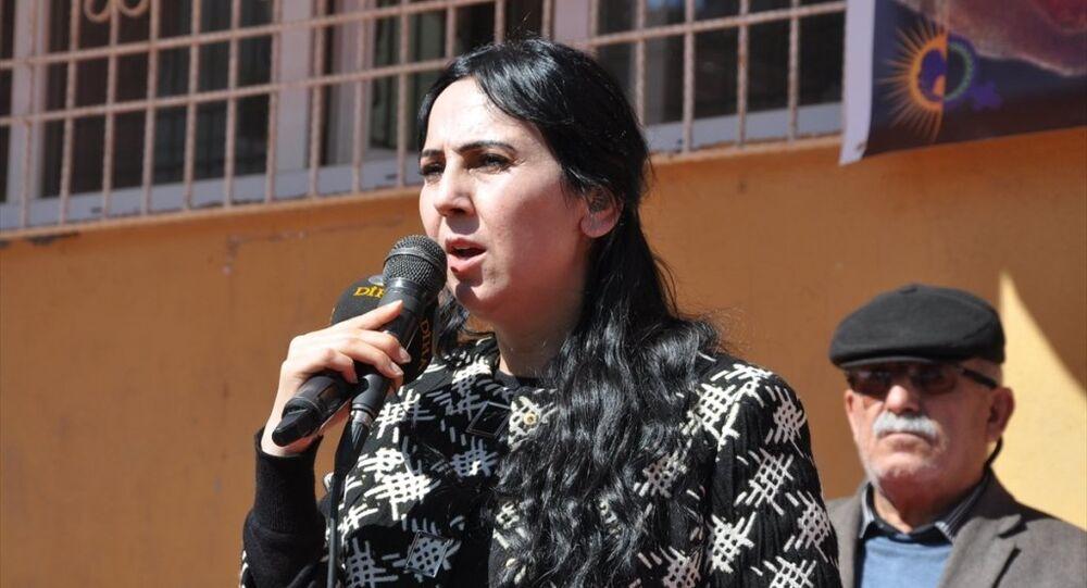 HDP Eş Genel Başkanı Figen Yüksekdağ, Silopi'de 8 Mart Dünya Kadınlar Günü etkinliğine katıldı.