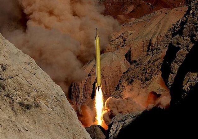 İran - Kadir füzeleri