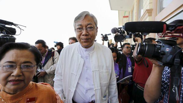 Myanmar Devlet Başkanı Htin Kyaw - Sputnik Türkiye