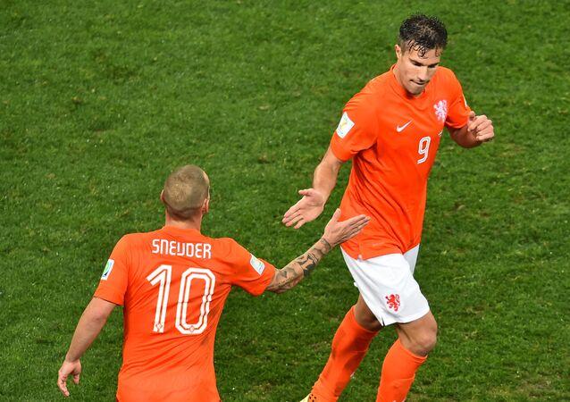 Robin van Persie - Wesley Sneijder