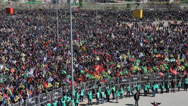 Diyarbakır'da Nevruz kutlaması - Sputnik Türkiye