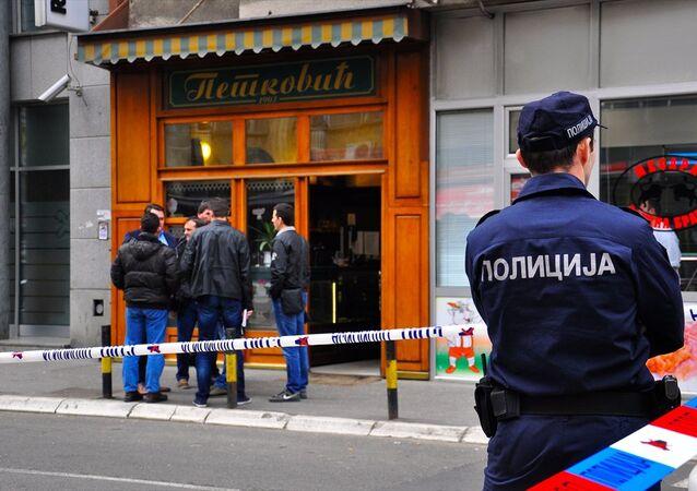 Belgrad'da el bombasıyla intihar