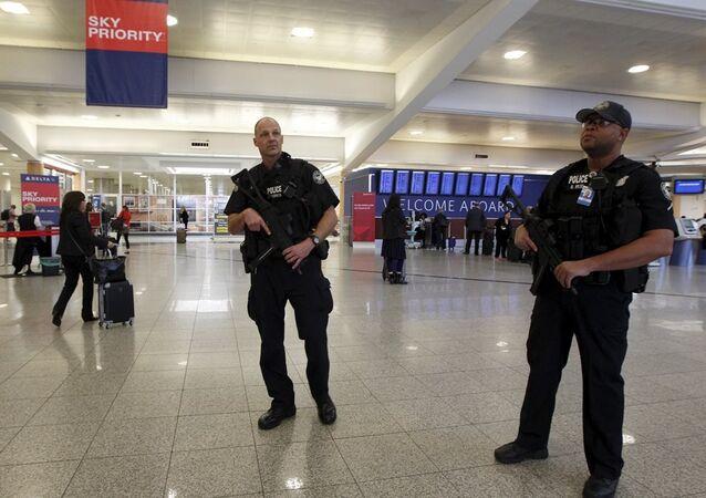 ABD'nin Atlanta kentindeki Hartsfield-Jackson Uluslararası Havaalanı'nda güvenlik alarmı