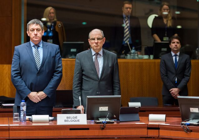 Belçika İçişleri Bakanı Jan Jambon ve Adalet Bakanı Koen Geens