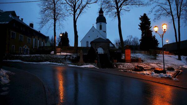 Almanya'nın Clausnitz kentinde bir kilise - Sputnik Türkiye