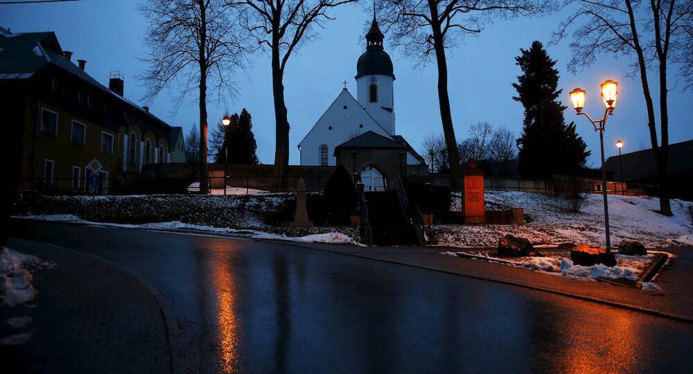 Almanya'nın Clausnitz kentinde bir kilise