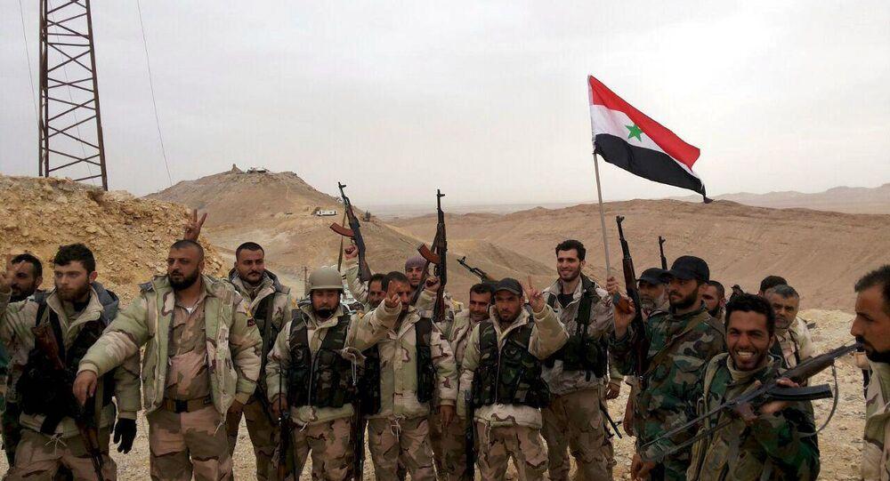 Suriye ordusu Palmira'yı tamamen geri aldı