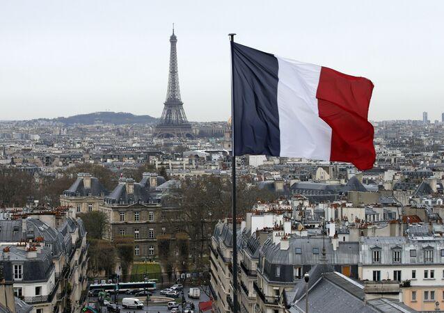Fransa bayrağı - Paris