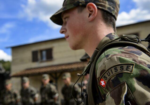 İsviçre askeri