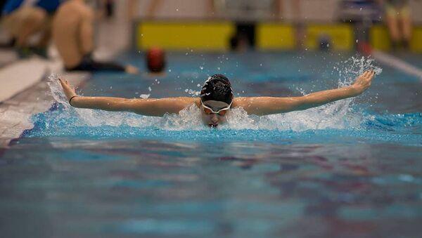 Ege Denizi'ni yüzerek geçen Suriyeli genç yüzücü Yusra Mardini - Sputnik Türkiye