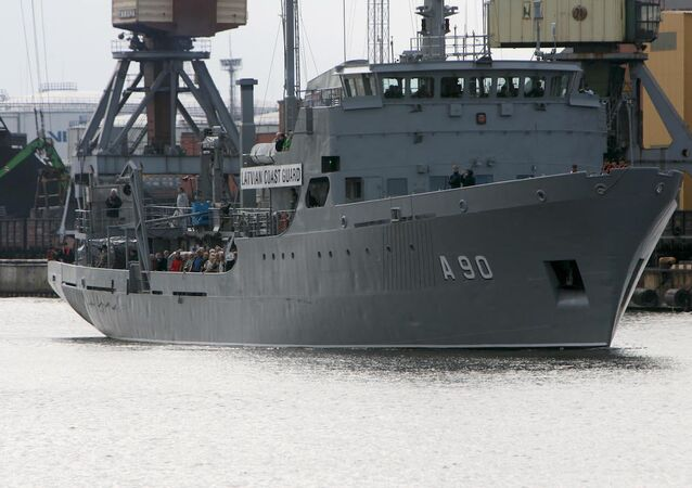 Letonya Sahil Güvenliği'ne ait bir gemi