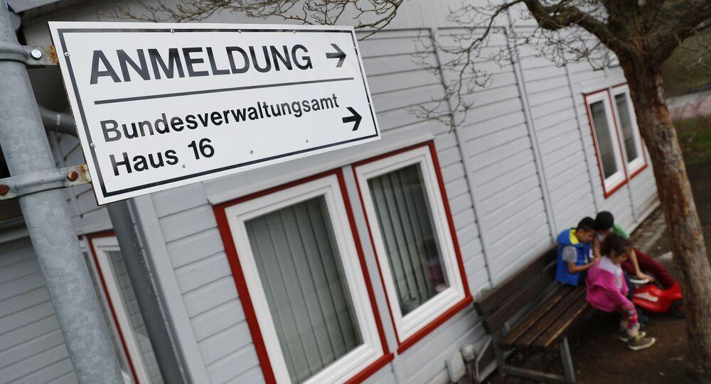 Almanya - Friedland sığınmacı kampı