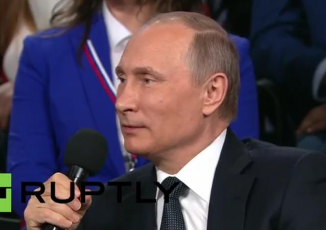 Rusya Devlet Başkanı Vladimir Putin'den Almanca şovu