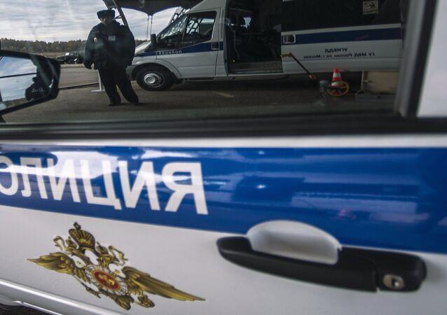 Rus polis arabası