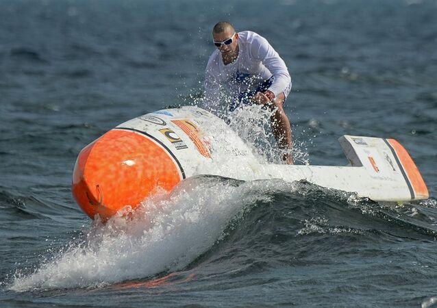 Fransız Nicolas Jarossay, Atlas Okyanusu'nu tek başına geçecek.