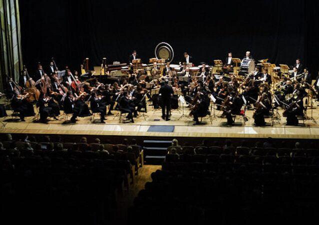 Rusya Devlet Başkanı Vladimir Putin, Münih Filarmonisi ve Mariinka Tiyatrosu'nun birleşik orkestrasının konserini dinledi.