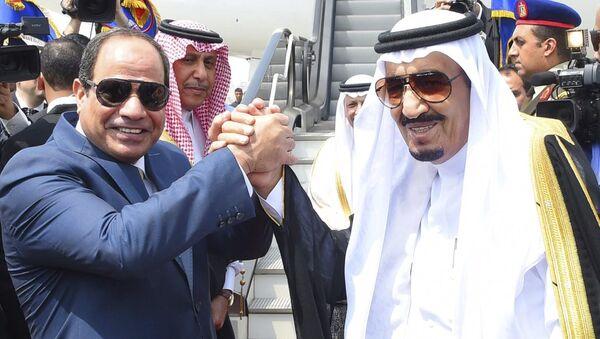 Suudi Arabistan Kralı Selman bin Abdülaziz el Suud - Mısır Cumhurbaşkanı Abdulfettah el Sisi - Sputnik Türkiye